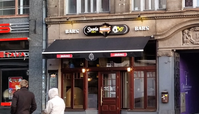 Kaļķu 22, The bar in Riga where to most scam happens